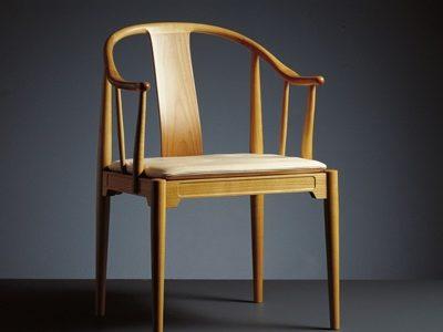 チャイニーズチェアは椅子の歴史上とても重要なのです。